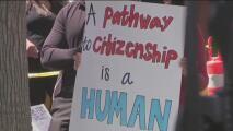Inmigrantes indocumentados del Área de la Bahía piden un camino a la ciudadanía al presidente Biden