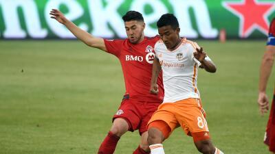 Houston Dynamo no renueva contrato de Luis Garrido y Chicago Fire pasa la escoba