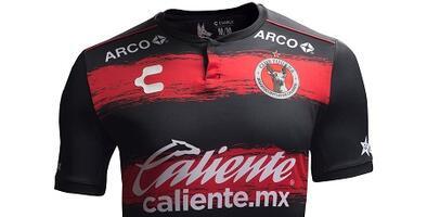 Camiseta Oficial de Tijuana de la Liga MX
