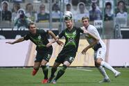 Con goles de Lars Stindl y doblete de Jonas Hofman, el Borussia M'Gladbachno tiene piedad sobre el Wolfsburg y se lleva las tres unidades.