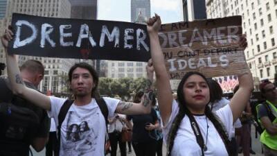 El gobierno de Trump le pide a la Corte Suprema que tome acción sobre DACA y no espere a los tribunales inferiores
