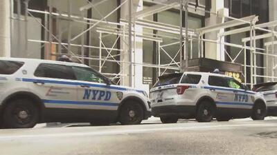 Autoridades en Nueva York refuerzan seguridad ante los tiroteos registrados este fin de semana en El Paso y en Dayton