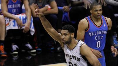 Spurs arrasan contra los Oklahoma City Thunder