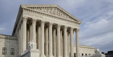 Con el voto de Barret, la Corte Suprema apoya grupos religiosos y bloquea restricciones por covid-19 en Nueva York