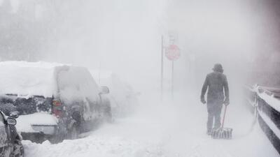 Gobernador anuncia estado de emergencia en Carolina del Norte ante la llegada de una tormenta invernal