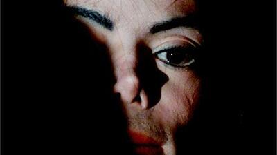 Dos hombres afirman que Michael Jackson abusó sexualmente de ellos cuando eran niños