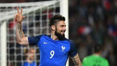 Francia golea 5-0 a Paraguay con una gran actuación de Olivier Giroud