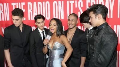 Enrique Iglesias, Wisin, CNCO, J Balvin, Banda MS y Nicky Jam ganan premios iHeartRadio