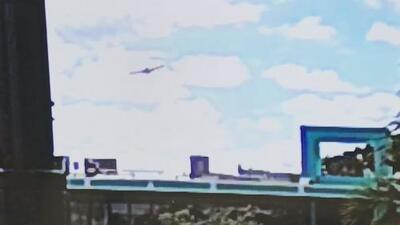 Revelan imágenes de una avioneta segundos antes de estrellarse contra un edificio de apartamentos en Fort Lauderdale