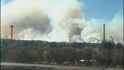 Reportan cuatro voraces incendios forestales en California