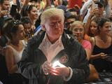 """""""¿Podemos vender la isla?"""": la pregunta de Trump a su equipo tras el desastre del huracán María en Puerto Rico"""