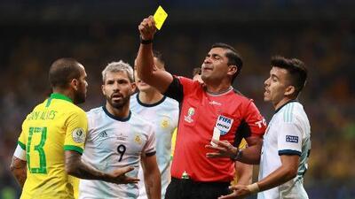 CONMEBOL admite mal uso del VAR en Brasil vs Argentina