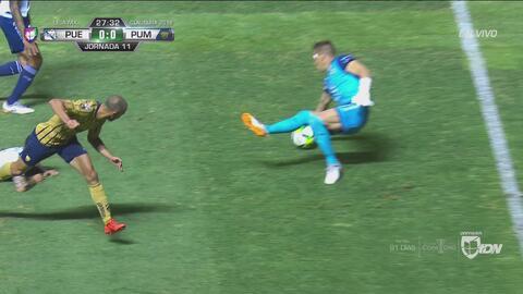 ¡Qué desperdicio de Pumas! Carlos González tuvo el 1-0 y no aprovechó