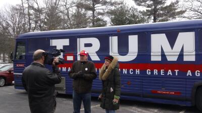 El peligro de conducir un autobús que parece que apoya a Donald Trump