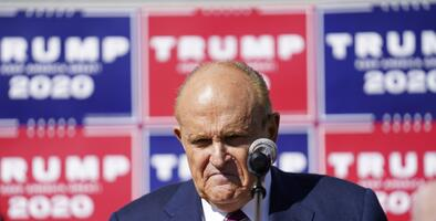 Giuliani niega que esté cobrando $20.000 al día por liderar las demandas electorales de Trump