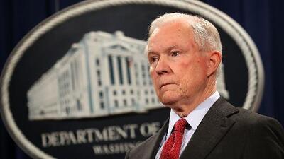 Memorando del Departamento de Justicia indica a jueces de inmigración que deben acelerar los procesos