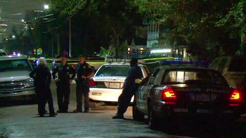 Tres muertos, un herido y decenas de balas disparadas en un supuesto robo residencial frustrado