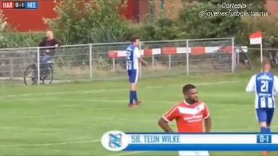 Teun Wilke anota con el Heerenveen Sub-21