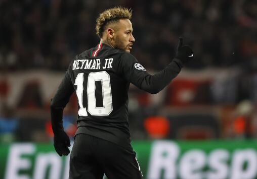 Neymar niega que su nuevo festejo vaya dirigido a la afición del PSG