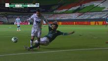 ¡Le quita el gol a Pumas! Nacho González frustra la jugada de Vigón