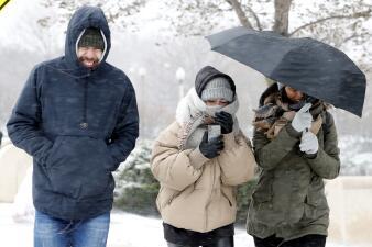 Tormenta congela partes de EEUU siendo aún otoño y causa la muerte de al menos 4 personas (fotos)