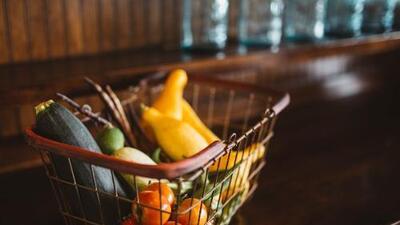Por qué es urgente desterrar los alimentos ultraprocesados y pasarse a la comida real