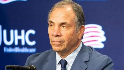 """""""Es muy difícil estar lejos del fútbol"""", señaló Bruce Arena al ser presentado por New England"""