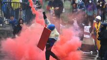 """""""La gente está molesta y está protestando por sus necesidades"""": analistas debaten sobre la situación en Colombia"""