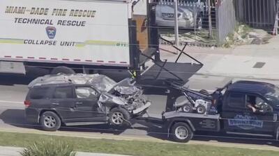 Una conductora se estrella contra un club nocturno en el noroeste de Miami-Dade