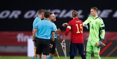 Sergio Ramos supera récord de Claudio Suárez con Selección Nacional