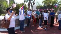 Cubanos protestan en Miami y piden a Biden la reapertura de la embajada en la isla