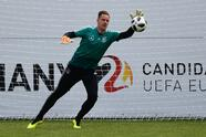 "German national football team goalkeeper Marc-Andre ter Stegen takes part in a training session at the Rungghof training center on May 29, 2018 in Girlan, near Bolzano, northern Italy, ahead of the FIFA World Cup 2018 in Russia. - The ""Mannschaft"" will remain in Rungghof until June 7, 2018. (Photo by MIGUEL MEDINA / AFP) (Photo credit should read MIGUEL MEDINA/AFP/Getty Images)"