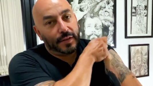 """Lupillo Rivera causa conmoción por """"la mancha"""" con la que cubrió el tatuaje de Belinda"""