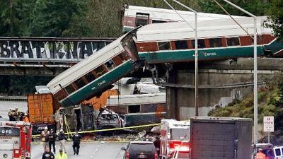 El tren descarrilado en Seattle viajaba a casi el triple de velocidad permitida