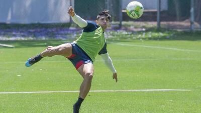 ¡Buenas noticias en el Rebaño! Chivas empezó la semana con el equipo casi completo
