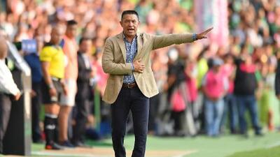 """Ignacio Ambriz reafirma que """"Chivas ha perdido grandeza"""""""