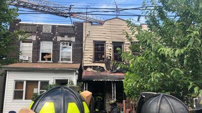 Madre salvadoreña y su niña de 7 años mueren en incendio en Queens