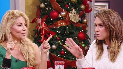 Poner la escoba detrás de la puerta y más consejos entre mujeres para ahuyentar a los parientes después de Navidad