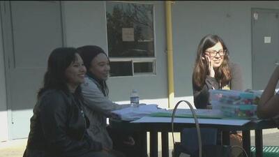 Conferencia en escuela de San José para tranquilizar a los inmigrantes sobre rumores de redadas