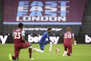 West Ham le hizo la maldad a los de Lampard en el London Stadium <br>Cuatro equipos se mantienen en la pelea por un boleto a la UEFA Champions League <br>