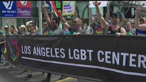 El desfile número 47 del Orgullo Gay en Los Ángeles protesta contra Donald Trump