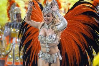 Sigue el Carnaval de Brasil