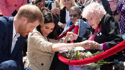 Muere a los 99 años la fan australiana más fiel del príncipe Harry y Meghan Markle