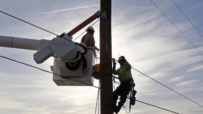 Sube a 170 mil el número de usuarios con posibles cortes de luz en el sur de California
