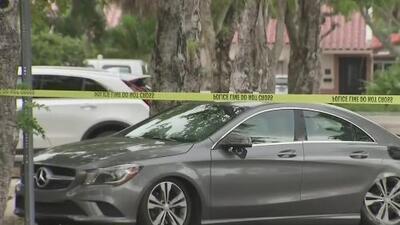 Dejó su auto estacionado en un condominio y un sospechoso le apuntó con un arma para llevárselo