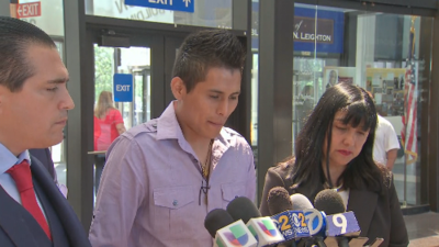 """""""Yo lo único que pido es justicia"""": esposo de Marlen Ochoa-Urióstegui después de audiencia"""