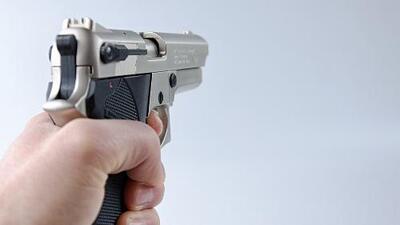 Mujer asalta con arma de fuego una sucursal de City Bank en Logan Square