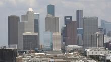 Un sábado de cielos nublados en la mañana y lluvias en la tarde le espera a Houston