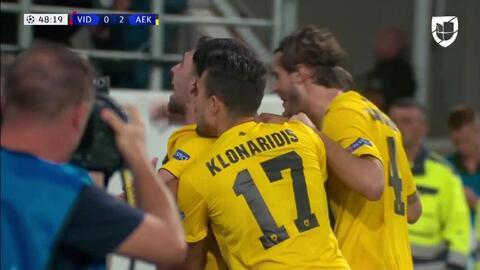 ¡GOOOL! Anastasios Bakasetas anota para AEK Athens