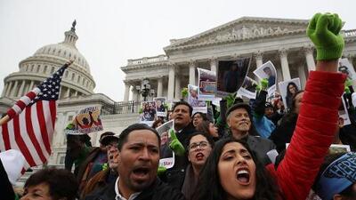 Sin garantías, demócratas y republicanos arrancan nueva fase de negociaciones sobre el Dream Act